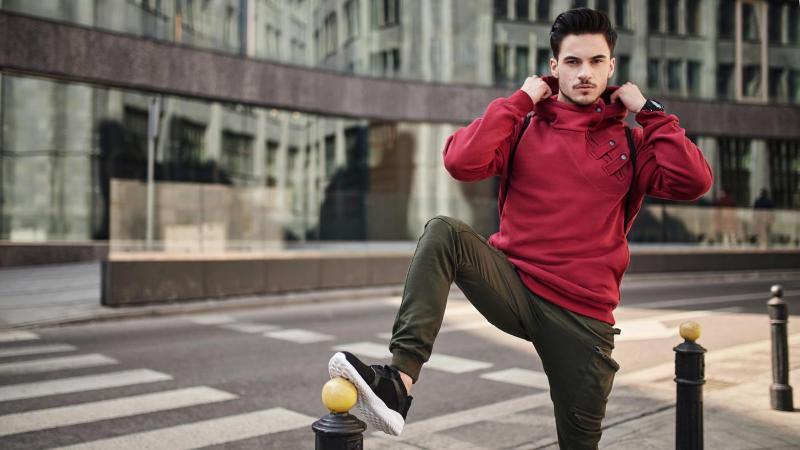 Ako si vybrať pánsky sveter?