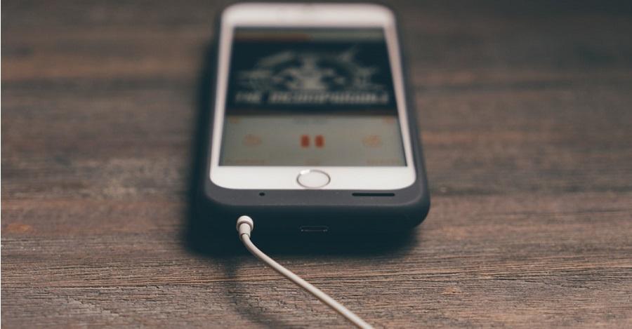 Čo môže spôsobovať rýchle vybíjanie baterky telefónu?